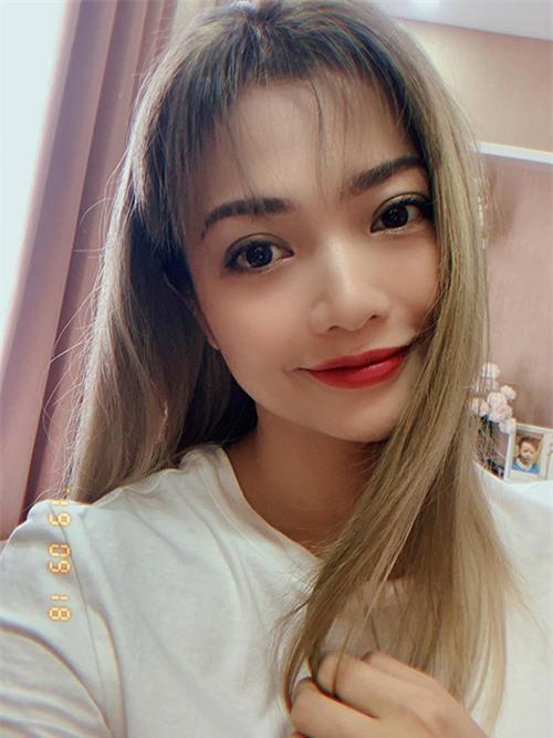 Cuối năm 2019, Kiều Anh bắt đầu thử nghiệm nhiều phong cách mới khi tẩy tóc và nhuộm màu sáng.