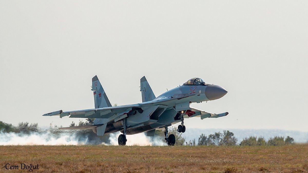 Tiêm kích đa năng Su-35 của Nga. Ảnh: Interfax.