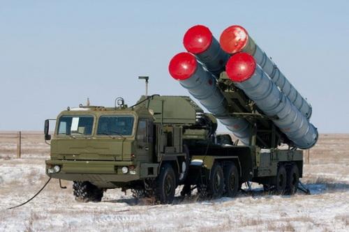 Nga sẽ không cung cấp tổ hợp phòng không tầm xa S-400 cho Belarus. Ảnh: Avia-pro.
