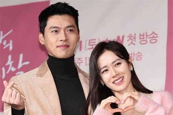 Nội tình mối quan hệ của Hyun Bin - Son Ye Jin: Đã hẹn hò nhưng quyết giữ bí mật vì sợ đổ vỡ giống Song Joong Ki - Song Hye Kyo? 1