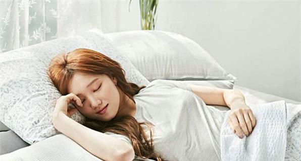 Các chuyên gia về sức khỏe khuyến cáo bạn nên thực hiện 5 việc trước khi ngủ để ngủ ngon và giảm cân nhanh