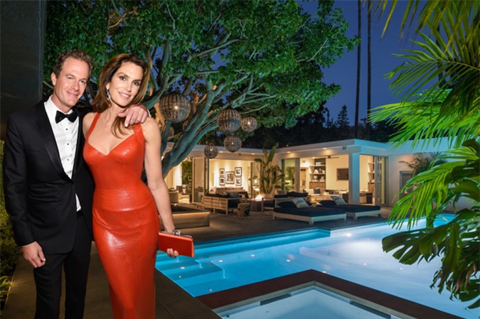 Biệt thự của nhà Cindy rộng hơn một mẫu Anh, trong đó diện tích ngôi nhà một tầng là 500 m2.