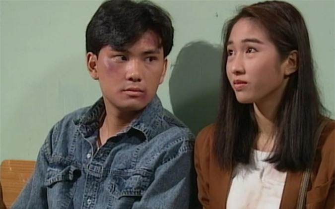 Lê Tư và Lâm Văn Long trong Nộ hải cô hồng (năm 1991).
