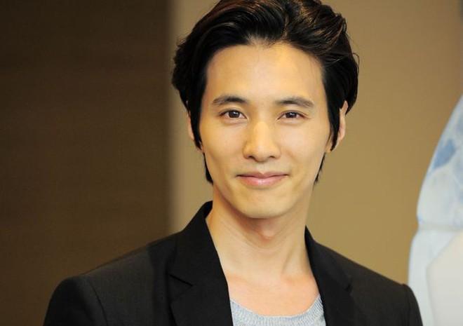 Won Bin sinh ngày 10/10/1977, nam diễn viên điển trai năm nay bước sang tuổi 40 nhưng anh vẫn sở hữu ngoại hình cự kỳ trẻ trung. Ảnh: Getty.