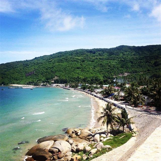 Đảo Hòn Rái nằm ở giữa đảo Nam Du và đảo Hòn Tre, hòn đảo này được xem là một trong những hòn đảo hoang sơ và quyến rũ bậc nhất Việt Nam. Ảnh: @hooraygetaway
