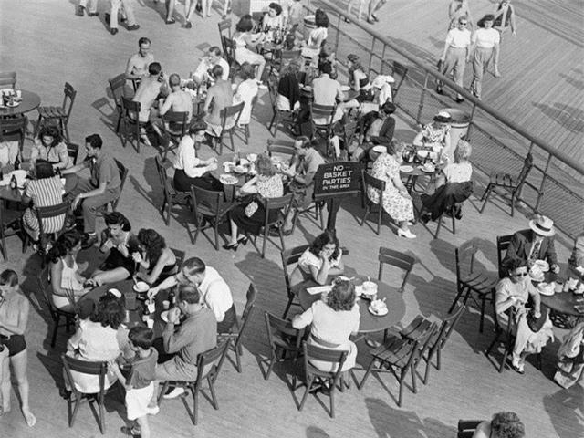 Nhiều thập kỉ trước người Mỹ đã đi nghỉ hè như thế nào? - 7