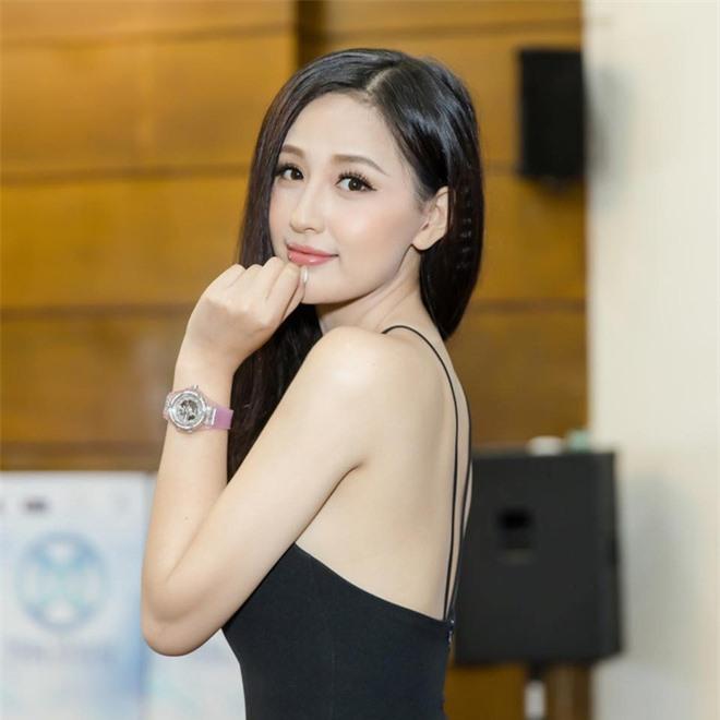 Hoa hậu Mai Phương Thuý thời học cấp 3: Chiều cao khủng, nhan sắc mộc mạc ngố tàu, info được truy tìm nhiều nhất trên các diễn đàn trường Phan - Ảnh 6.