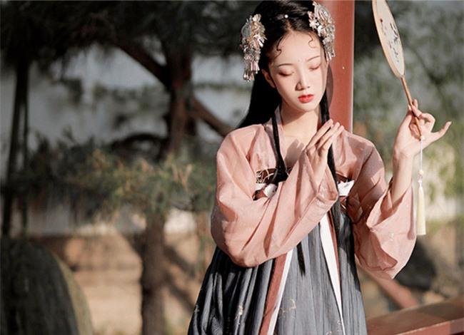 Tiểu công chúa đáng thương nhất lịch sử Trung Hoa: 10 tuổi bị ép gả đến nước khác, 3 tháng sau qua đời do bị thị tẩm ngày đêm - Ảnh 1.