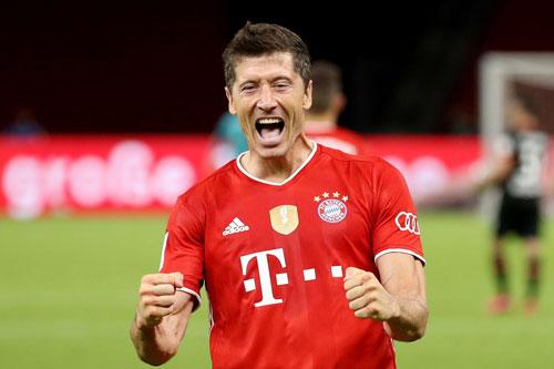 1. Robert Lewandowski (từ Borussia Dortmund sang Bayern Munich, 2013).
