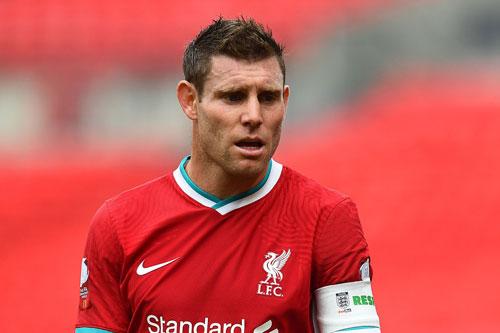3. James Milner (Man City tới Liverpool, 2015).