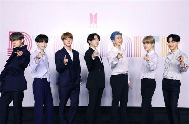 BTS ẵm trọn 4 giải tại VMAs 2020 - Ảnh 1.