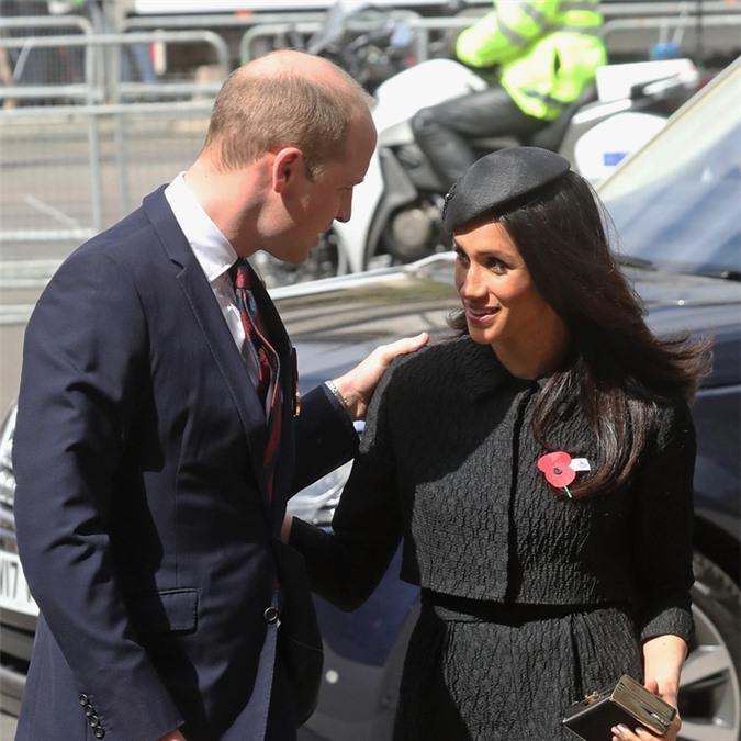 Trong lần đầu ra mắt hoàng gia Anh, Meghan Markle đã