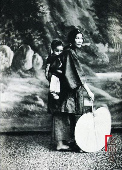 Loạt ảnh cũ phản ánh chân thực nhất về những phụ nữ người Hán vào cuối thời nhà Thanh - Ảnh 3.
