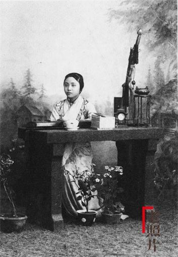 Loạt ảnh cũ phản ánh chân thực nhất về những phụ nữ người Hán vào cuối thời nhà Thanh - Ảnh 7.