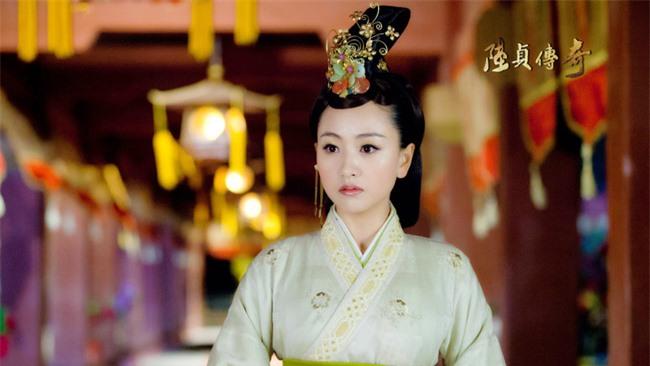 """Nữ nhân """"đỉnh"""" nhất Trung Hoa phong kiến: Cãi lời gia đình cưới tên lính gác cổng rồi sinh 4 con trai làm Đế vương và 2 con gái làm Hoàng hậu - Ảnh 3."""