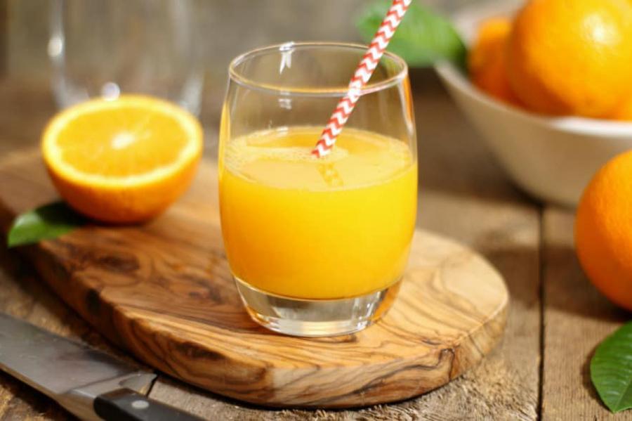 Nước cam tốt cho chiều cao của trẻ.