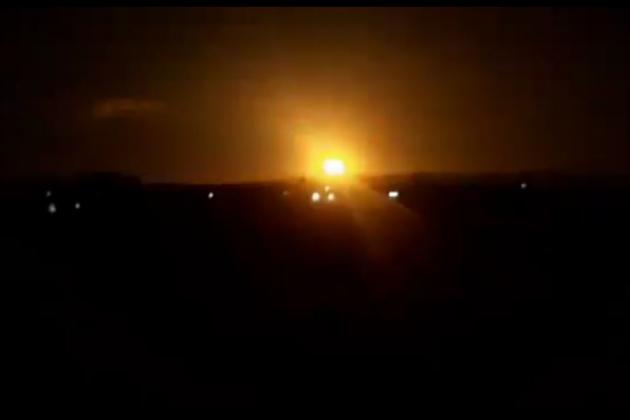 Máy bay chiến đấu Nga dùng vũ khí chính xác tấn công phiến quân cố thủ tại Idlib. Ảnh: TASS.