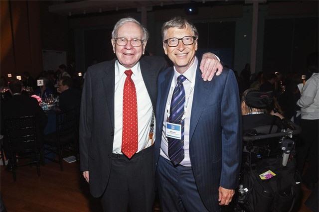 Bill Gates nói rằng đây là điều quan trọng nhất mà ông học được từ Warren Buffett - Ảnh 2.