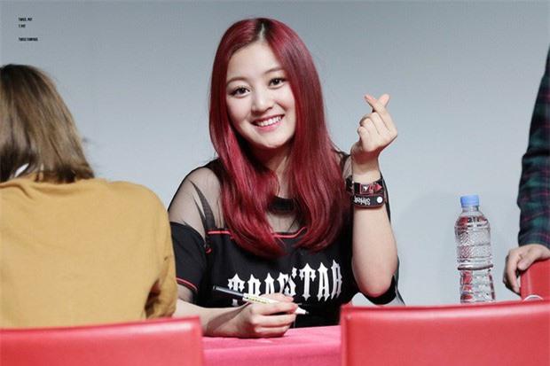 Giờ đây là nữ thần K-Pop, mấy ai biết thuở debut họ bị chê xấu thậm tệ ra sao - Ảnh 3