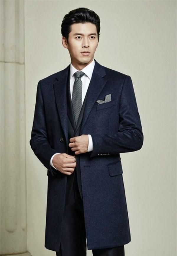 Nghìn lẻ phong cách hớp hồn fan của 'nam thần' Hyun Bin - Ảnh 4