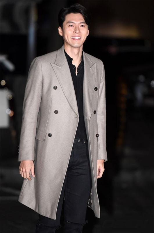 Nghìn lẻ phong cách hớp hồn fan của 'nam thần' Hyun Bin - Ảnh 5