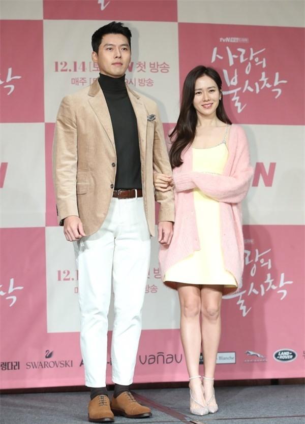 Nghìn lẻ phong cách hớp hồn fan của 'nam thần' Hyun Bin - Ảnh 6