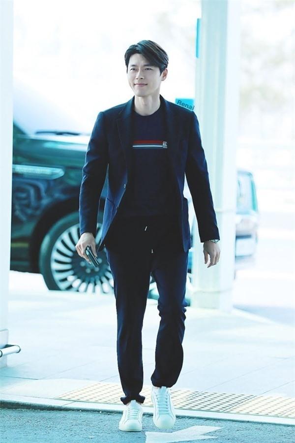 Nghìn lẻ phong cách hớp hồn fan của 'nam thần' Hyun Bin - Ảnh 9