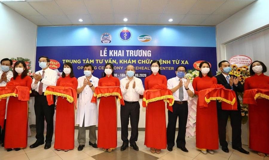 Bệnh viện Trung ương Huế đưa vào hoạt động Trung tâm tư vấn, khắm chữa bệnh
