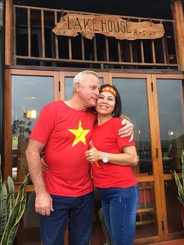 Vợ chồng chị Thắm đã xây dựng Phong Nha Lake House thành điểm sáng du lịch ở Quảng Bình.