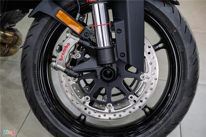 Chi tiet KTM 1290 Super Duke R anh 11