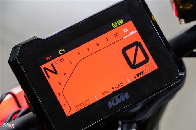 Chi tiet KTM 1290 Super Duke R anh 4