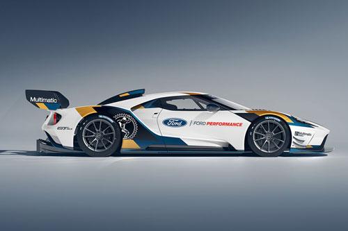 =5. Ford GT Mk II (thời gian tăng tốc từ 0-100 km/h: 2,8 giây).