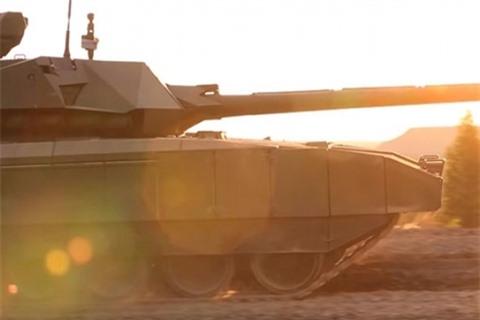 Nga cong bo thoi diem trang bi phao 152 mm cho Armata