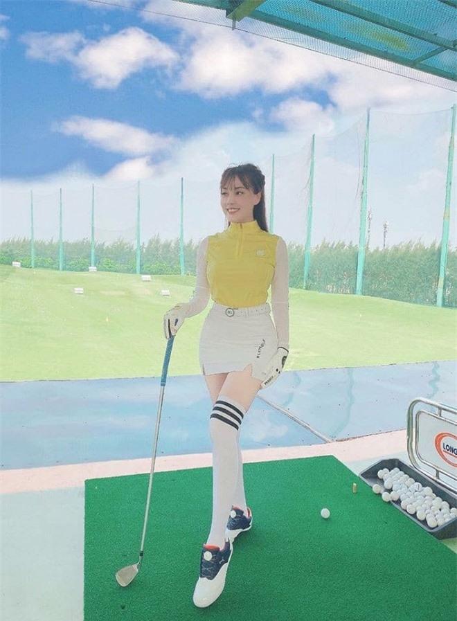 trang phục đánh golf 2