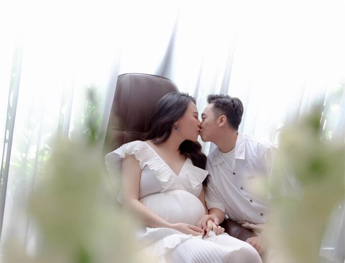 Cường Đô La – Đàm Thu Trang.