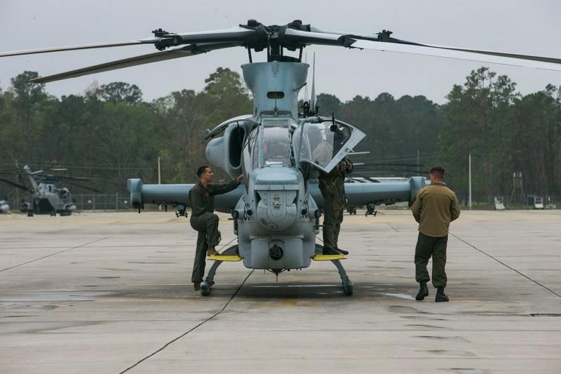 Cộng hòa Sec sẽ thay thế các trực thăng cũ của Liên Xô/Nga bằng UH-1Y và AH-1Z. Ảnh: Defence Blog.
