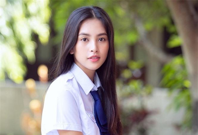 Hoa hậu Việt Nam 2018 Tiểu Vy trưởng thành thế nào sau 2 năm đăng quang? - ảnh 10