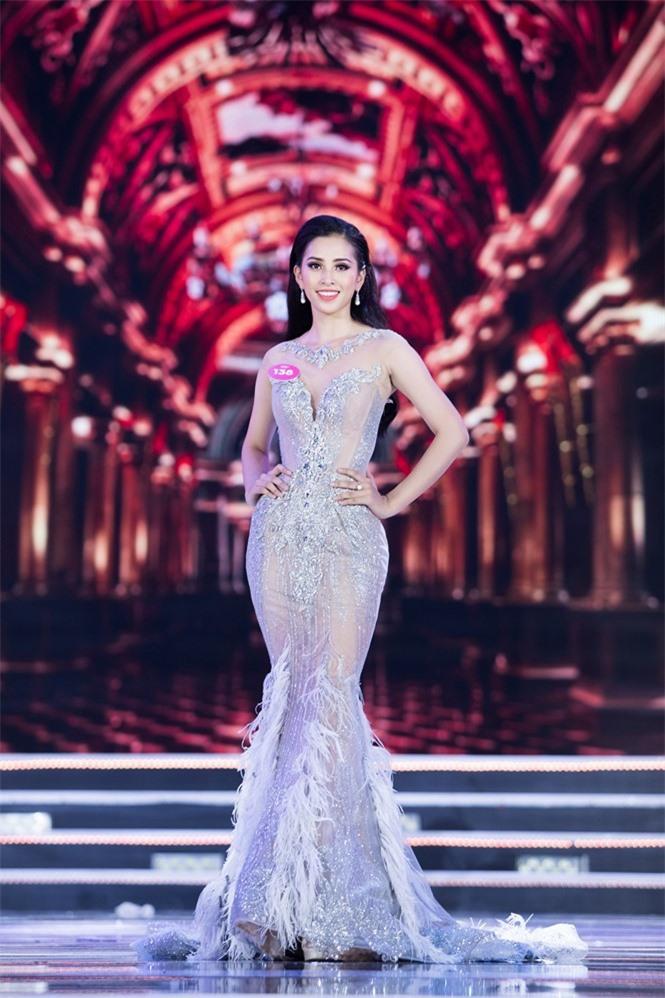 Hoa hậu Việt Nam 2018 Tiểu Vy trưởng thành thế nào sau 2 năm đăng quang? - ảnh 3
