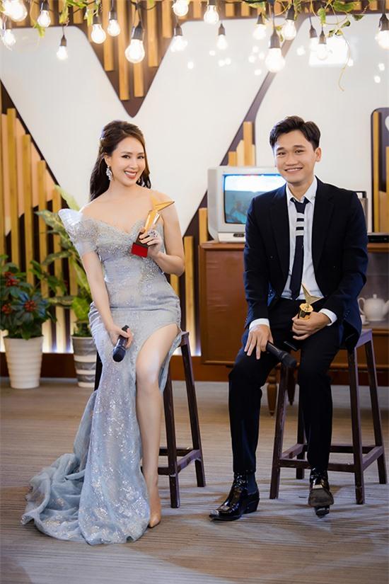 Xuân Nghị vượt qua nhiều cái tên nổi tiếng bao gồm Việt Anh, Mạnh Trường, Nhan Phúc Vinh và Thanh Sơn để giành giải thưởng này.