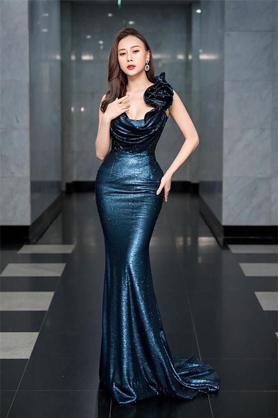 Phương Oanh tại lễ trao giải VTV Awards 2020.