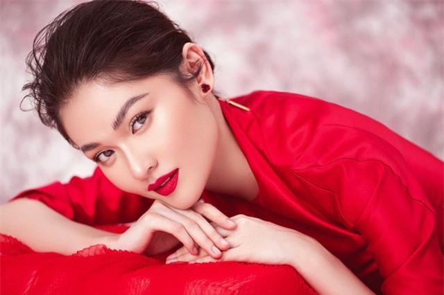 Top 3 Hoa hậu Việt Nam 2016 sau bốn năm: Người lấy chồng đại gia, người vẫn theo đuổi giấc mơ nổi tiếng - Ảnh 4.