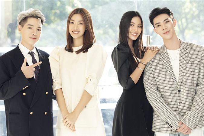 Trong chương trình, cả Mỹ Linh và Tiểu Vy đều tiết lộ đang hạnh phúc bên tình yêu.