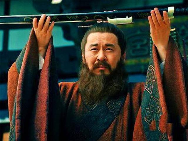 Trong lịch sử có một nữ nhân tài sắc, là người duy nhất khiến Tào Tháo phải rơi nước mắt giàn giụa cũng không thể chiếm hữu được - Ảnh 1.