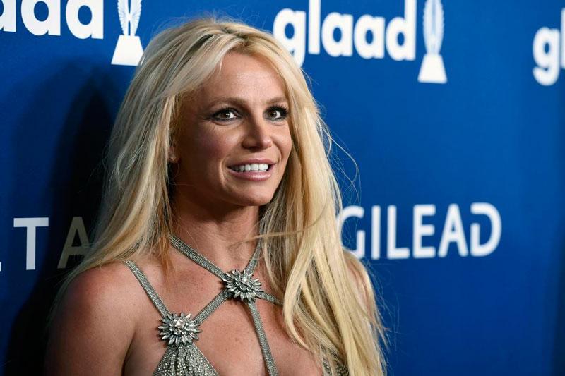 10. Britney Spears. Tổng tài sản: 215 triệu USD.