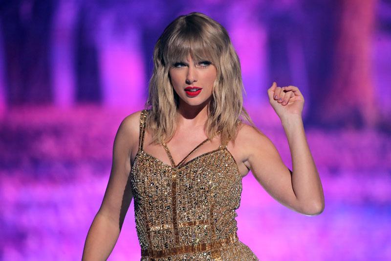 7. Taylor Swift. Tổng tài sản: 360 triệu USD.