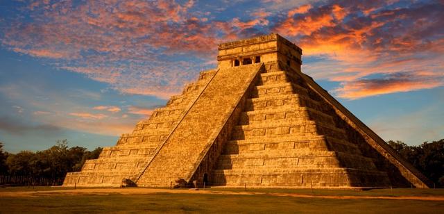 Kim tự tháp này hiện vẫn tồn tại ở Mexico
