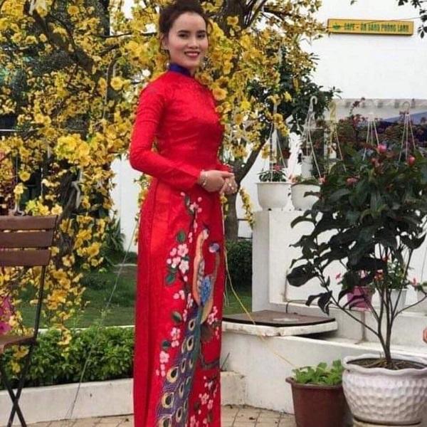 Chị Nguyễn Hương, Phó Giám đốc Công ty TNHH Thương mại và Du lịch Diệu Linh Quảng Bình.