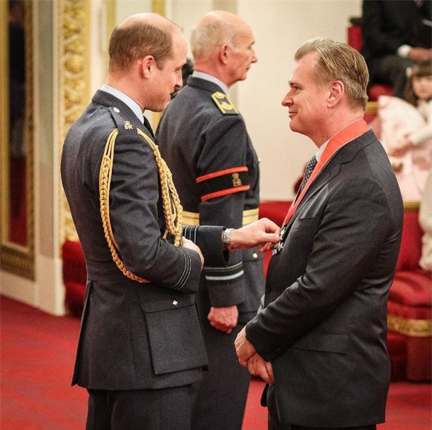 Christopher Nolan: Hiệp sĩ Hoàng gia, đạo diễn với bộ óc sáng tạo phi thường - Ảnh 3.