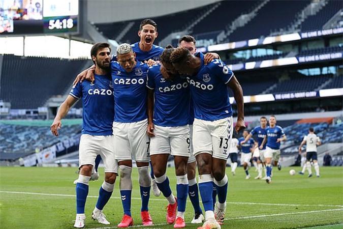 Everton có được chiến thắng trước Tottenham sau 8 năm chờ đợi