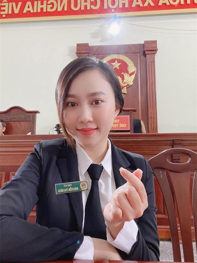 """Huỳnh Hồng Loan: """"Nhớ những ngày gọi xe ôm đi làm và ở căn nhà thuê 30m2"""" - Ảnh 2."""